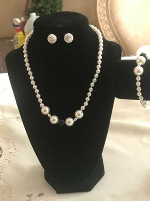 Handmade pearl bead jewelry sets for Sale in Orlando, FL
