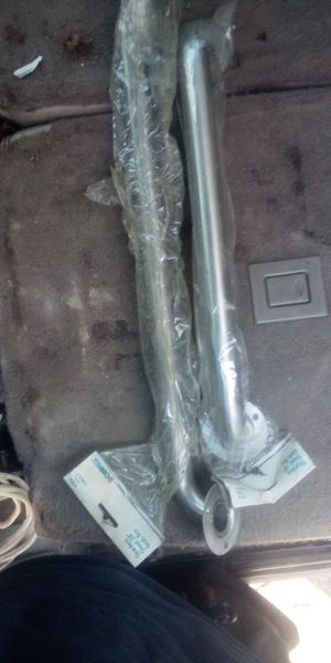 Stainless steel grab bar 18 inch and 24 for Sale in Wichita, KS