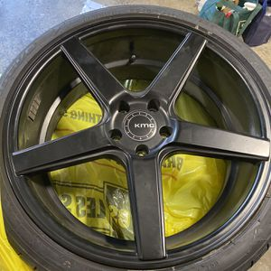 20 Inch Wheels/Tires for Sale in Auburn, WA