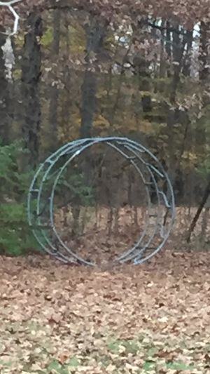 Round bale holder for Sale in Mount Gilead, OH