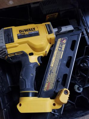 DeWalt 20v framing nail gun for Sale in Overland Park, KS