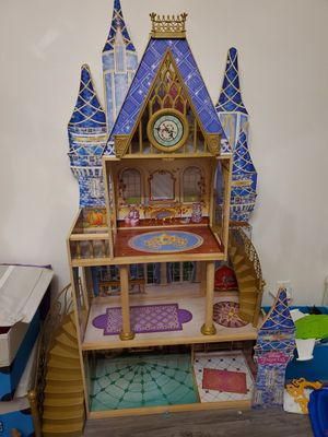 Princess doll house for Sale in Arcadia, CA