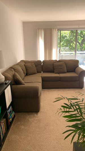 Beautiful Tweed Sectional Couch for Sale in Oakland, CA