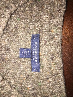 Burberry London Vintage Knit Sweater for Sale in Lynwood, CA