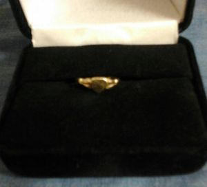 10k gold baby ring with heart for Sale in Kingsport, TN