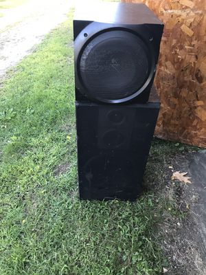 A COUPLE SPEAKERS AND SUBWOOFERS FOR SALE ( ALL WOULD GREAT ) for Sale in Burlington, VT