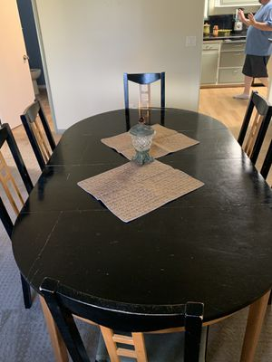 Used dining room table, chairs and accent table for Sale in San Diego, CA