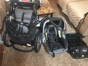 Baby Trend Expedition Travel System for Sale in Allentown, PA