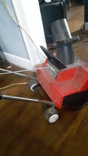 Toro 1800 snowblower for Sale in Indianapolis, IN