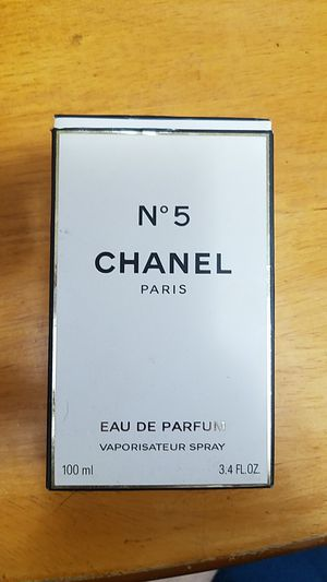 Chanel No 5 Perfume 100ml Authentic. lightly used for Sale in Brooklyn, NY