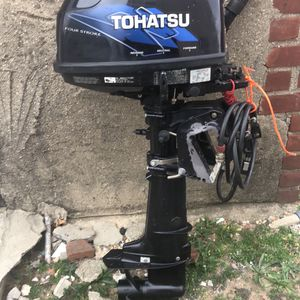 Tohatsu 5hp 4stroke Outboard Motor for Sale in Queens, NY