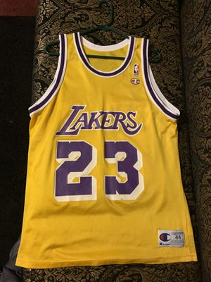 Lakers jersey for Sale in Los Angeles, CA