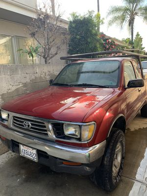 Toyota Tacoma 96 for Sale in Anaheim, CA