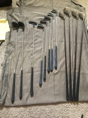 Golf Club Set Ladies Titan Tour Model High Power. PRICE JUST REDUCED!!!!!!!! for Sale in Rancho Mirage, CA