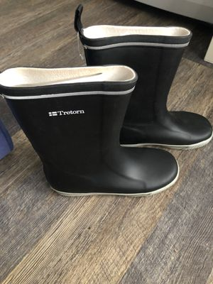 Trenton rain boots size 8 for Sale in Hollywood, FL