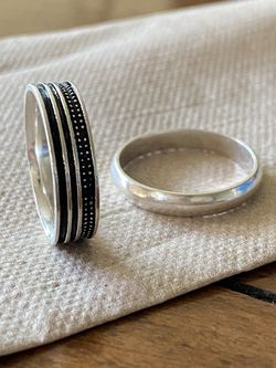 A Wedding Ring, Very Nice Shape, Size 7 for Sale in San Lorenzo,  CA