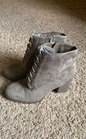 SODA Taupe Women's Heeled Booties Size 9 for Sale in Waynesville, MO