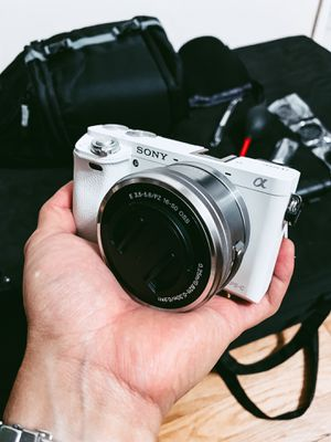 Sony Alpha A6000 w/ Sigma 30mm lens for Sale in Torrance, CA