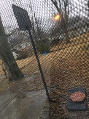 Outdoor basketball hoop for Sale in St. Louis, MO