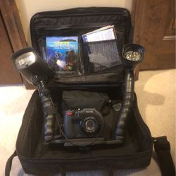 SeaLife Underwater With Camera & Video Lights for Sale in Plumsted Township,  NJ