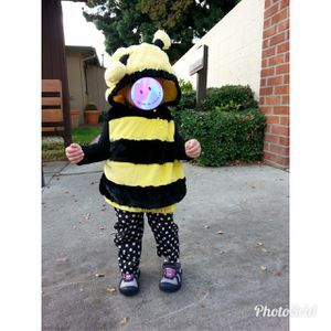 Adorable baby toddler bumble bee Halloween costume dress up for Sale in Montclair, CA