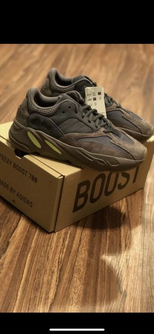 c7a43703578160 Yeezy boost 700 for Sale in Wilmington