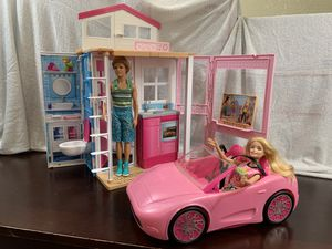 Barbie House And barbie car Boundle for Sale in Rancho Cordova, CA