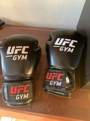UFC boxing gloves for Sale in Gilbert, AZ