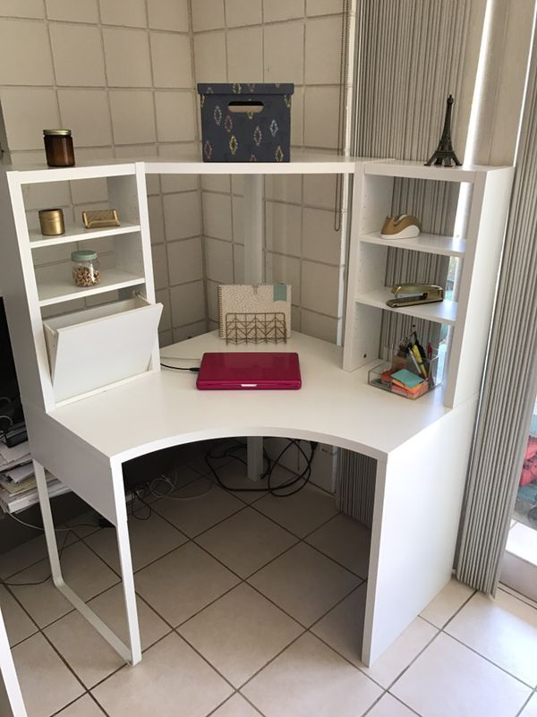 new concept 5f9e7 8e162 IKEA Micke corner desk w/hutch for Sale in El Segundo, CA - OfferUp
