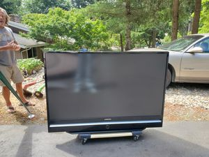 Samsung 60 inch projection TV. Has DVD for Sale in Gig Harbor, WA