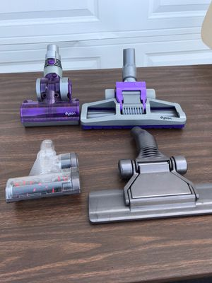 Dyson D15 Vacuum Attachments (4) for Sale in White Lake charter Township, MI
