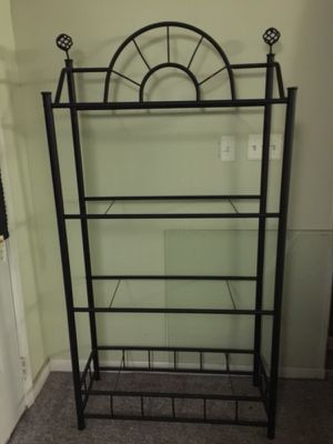 Black steel frame bakers racks, has 4 glass shelves for Sale in Laurel, MD