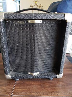 Speaker amp for Sale in Zanesville, OH