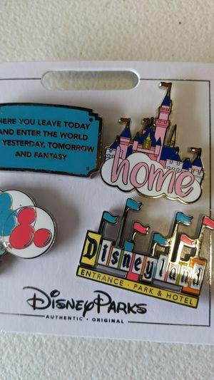 Disney collectible pin set new 10$ for Sale in Pico Rivera, CA