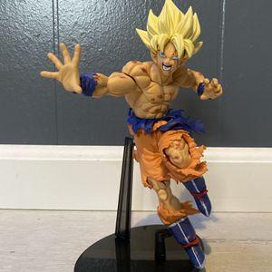 "Super Saiyan Goku Action Figure 9"" for Sale in Santa Fe Springs, CA"
