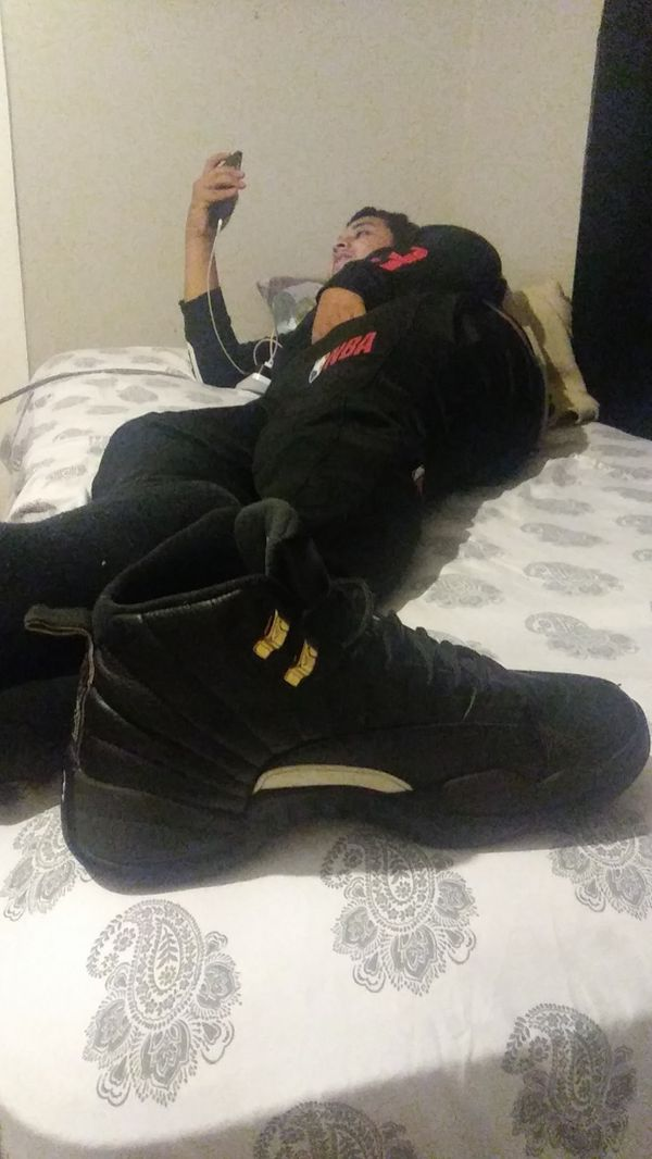 Jordan retro 12 master size 9.5