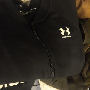 5 Womens Under Armor Hoodies for Sale in Tacoma, WA