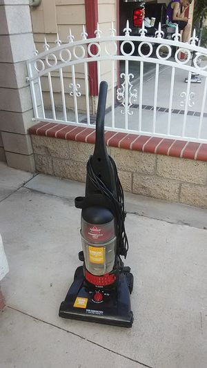Bissell vacuum cleaner for Sale in Moreno Valley, CA