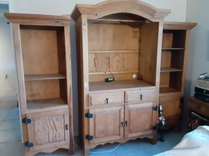 Pine entertainment center for Sale in LXHTCHEE GRVS, FL