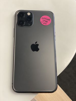 iPhone pro 64g Apple Watch Unlocked Any carrier for Sale in Rialto, CA