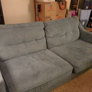 Couch With Pullout Bed for Sale in Shoreline, WA