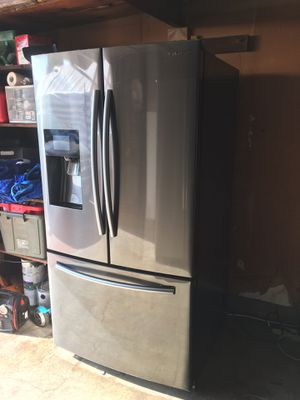 Samsung fridge for Sale in Fresno, CA