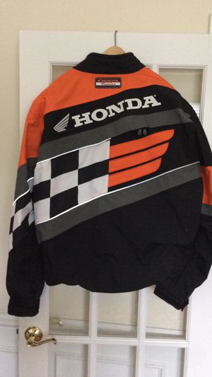 New racing honda jacket w back arm support arai helmet 7/7.5 for Sale in Leesburg, VA