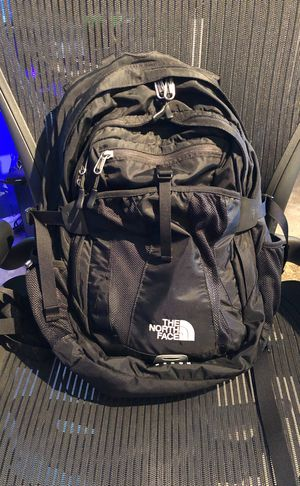 The North Face Recon Backpack (Black) for Sale in Fairfax, VA