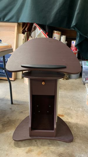Rolling Desk/Stand-up Desk for Sale in Austin, TX