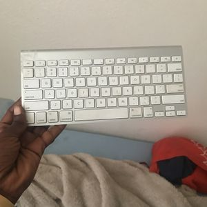 Apple Wireless Keyboard For iPhones And iMacs And iPad! for Sale in Winter Haven, FL