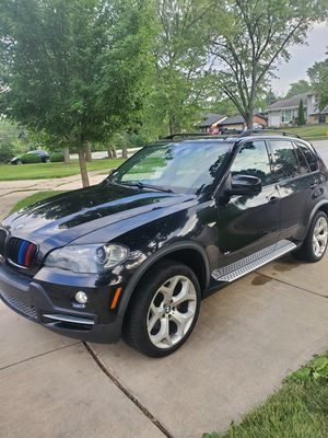 2008 BMW X5 4.8 v8 for Sale in Addison, IL