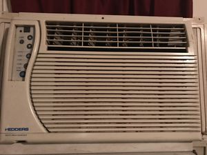 10,000 BTU unit air conditioner in great condition, Blows very very very cold air for Sale in Washington, DC