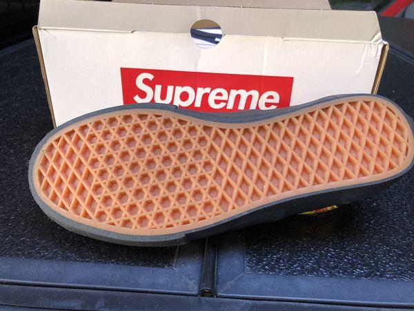 Supreme vans