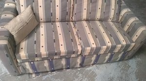 Big twin seater fold out couch !!! for Sale in Tempe, AZ